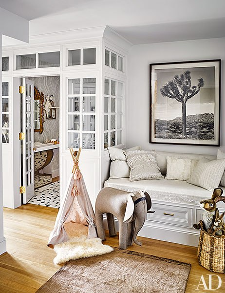 From ArchitecturalDigest.com, the Manhattan residence of designers Nate Berkus and Jeremiah Brent their daughters play area.