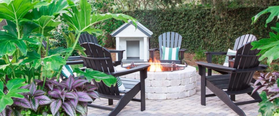 Get inspired with these 4 completely different outdoor for Outdoor seating area ideas