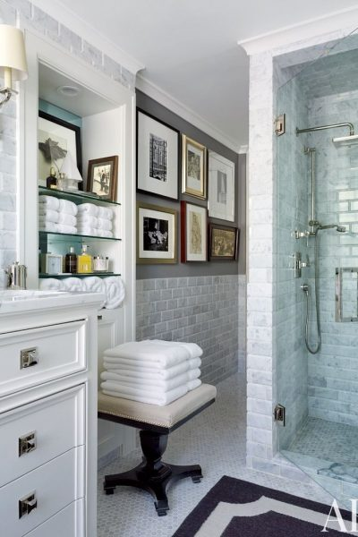 7 Must See White Bathrooms