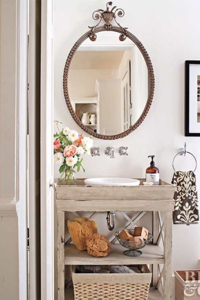 5 No-Fuss Powder Rooms